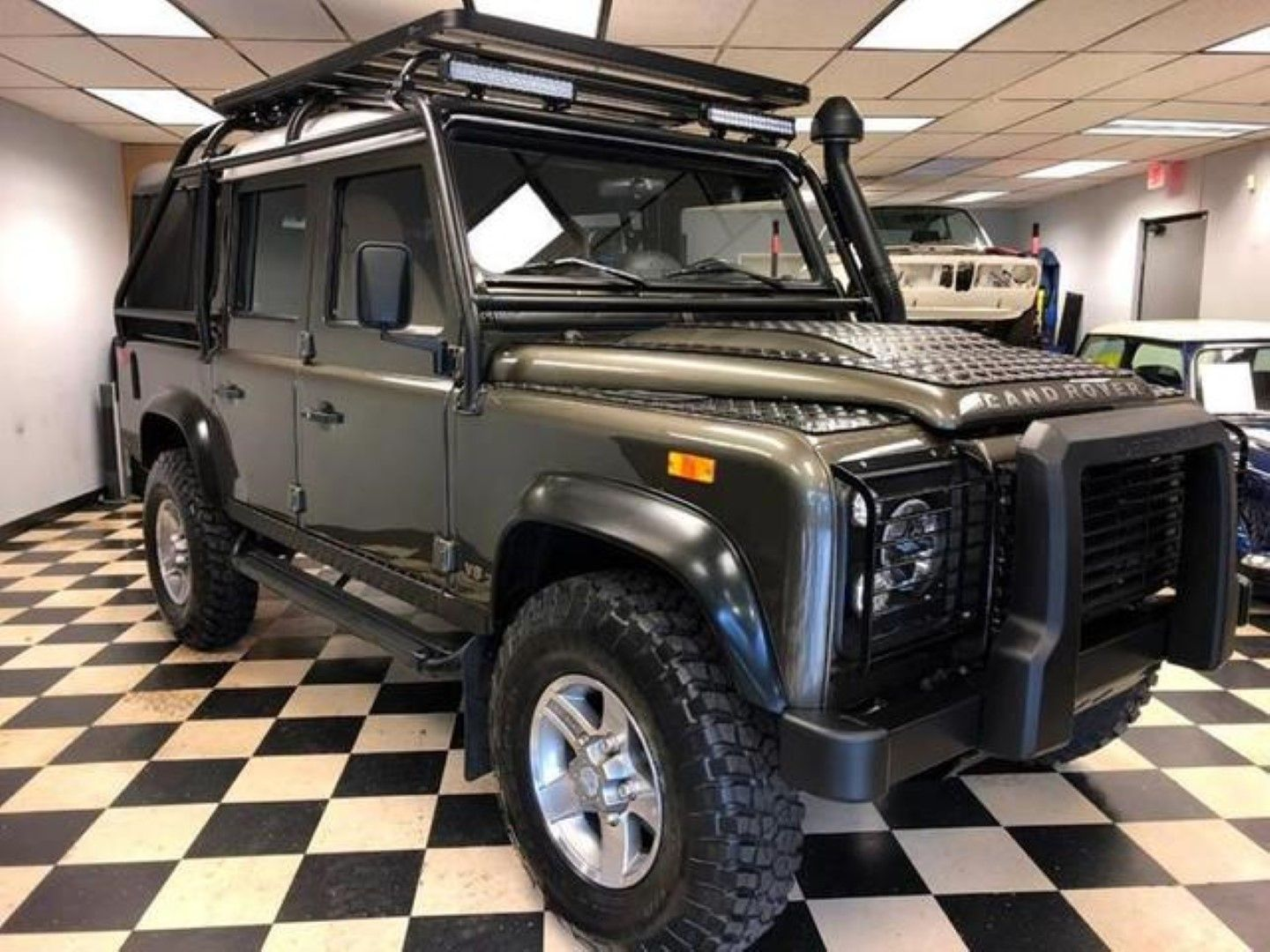 2013 Land Rover Defender 110