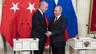 Кремъл неглижира Ердогановите думи за анексия на Крим: Турският президент е добре дошъл