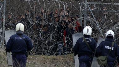 Турските спецчасти се изправиха срещу гръцките - между тях са мигрантите