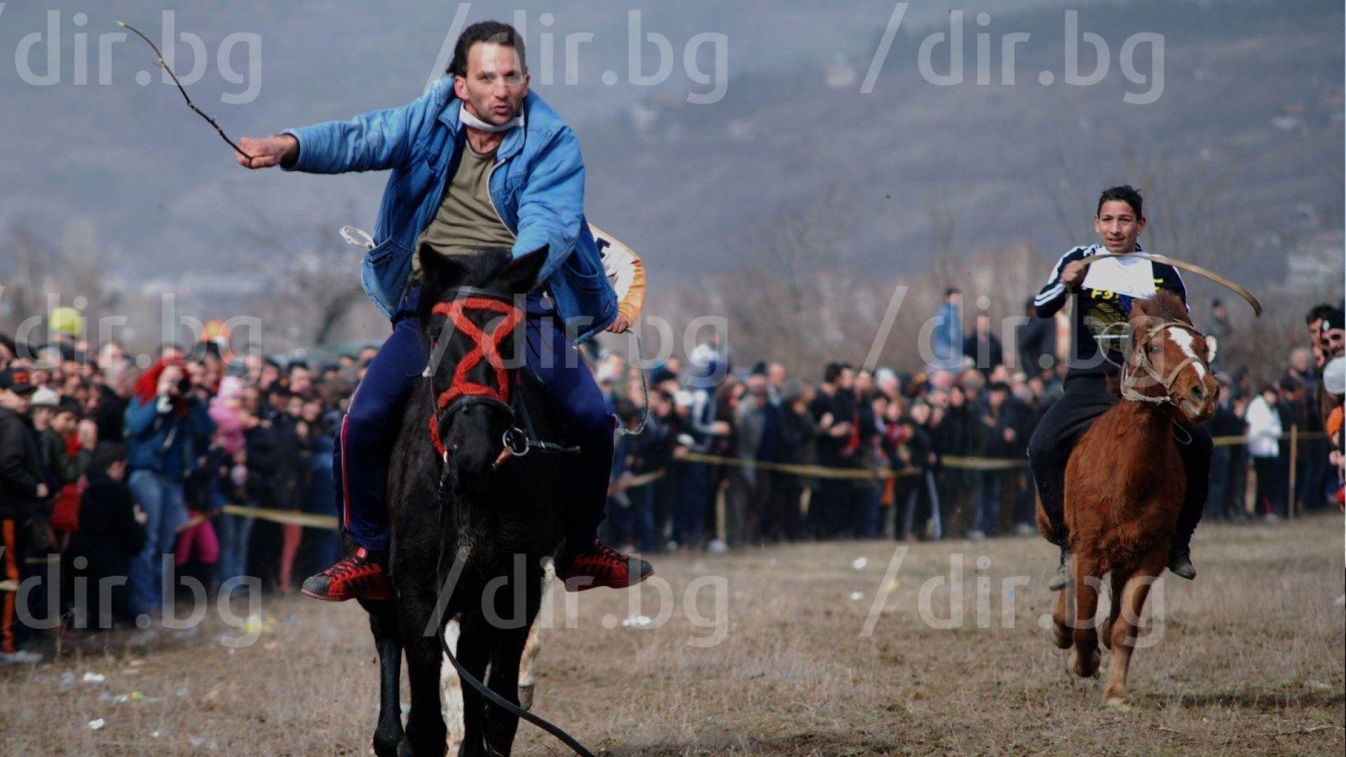 Тудурица е! Св. Тодор излиза от гробището, яхнал бял кон (снимки)