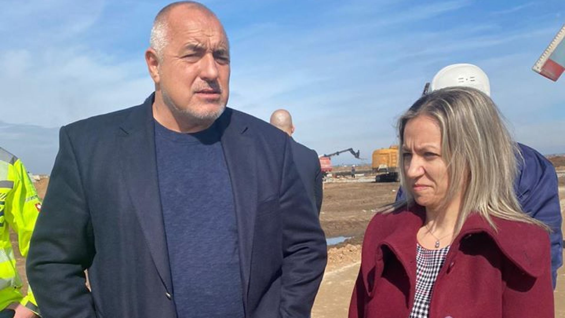 """Борисов инспектира от хеликоптер строителството на """"Балкански поток"""" (снимки, видео)"""