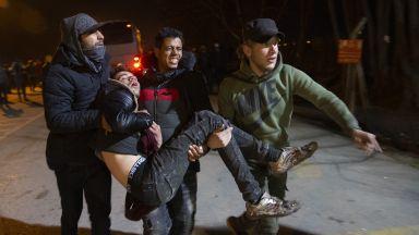 След нощ на сблъсъци: Намалява броят на мигрантите на турско-гръцката граница (снимки)