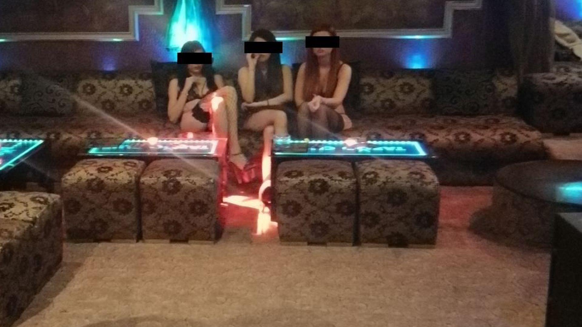 Спецполицаи задържаха бизнесмен, принуждавал момичета да проституират (снимки)