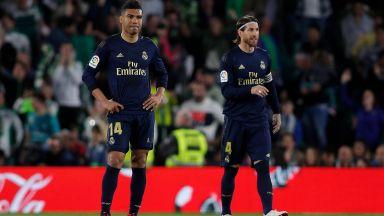 Реал отново се провали като гост и подари върха на Барса