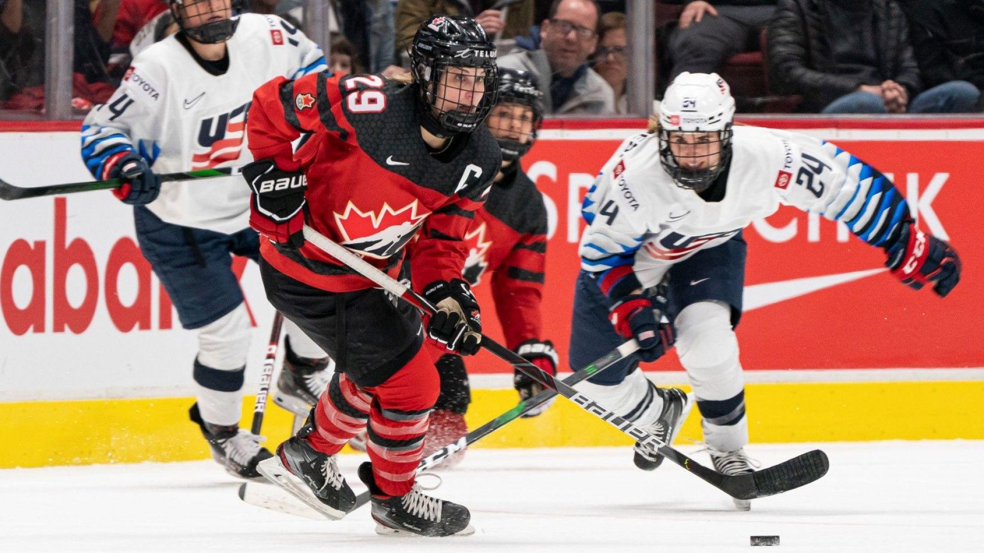 Епидемията провали и световното по хокей за жени в Канада