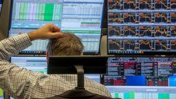Борсите отново потънаха въпреки подкрепата на централните банки