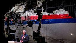 Започна процесът за фаталния MH 17: ще се разбере ли кой свали самолета над Донбас