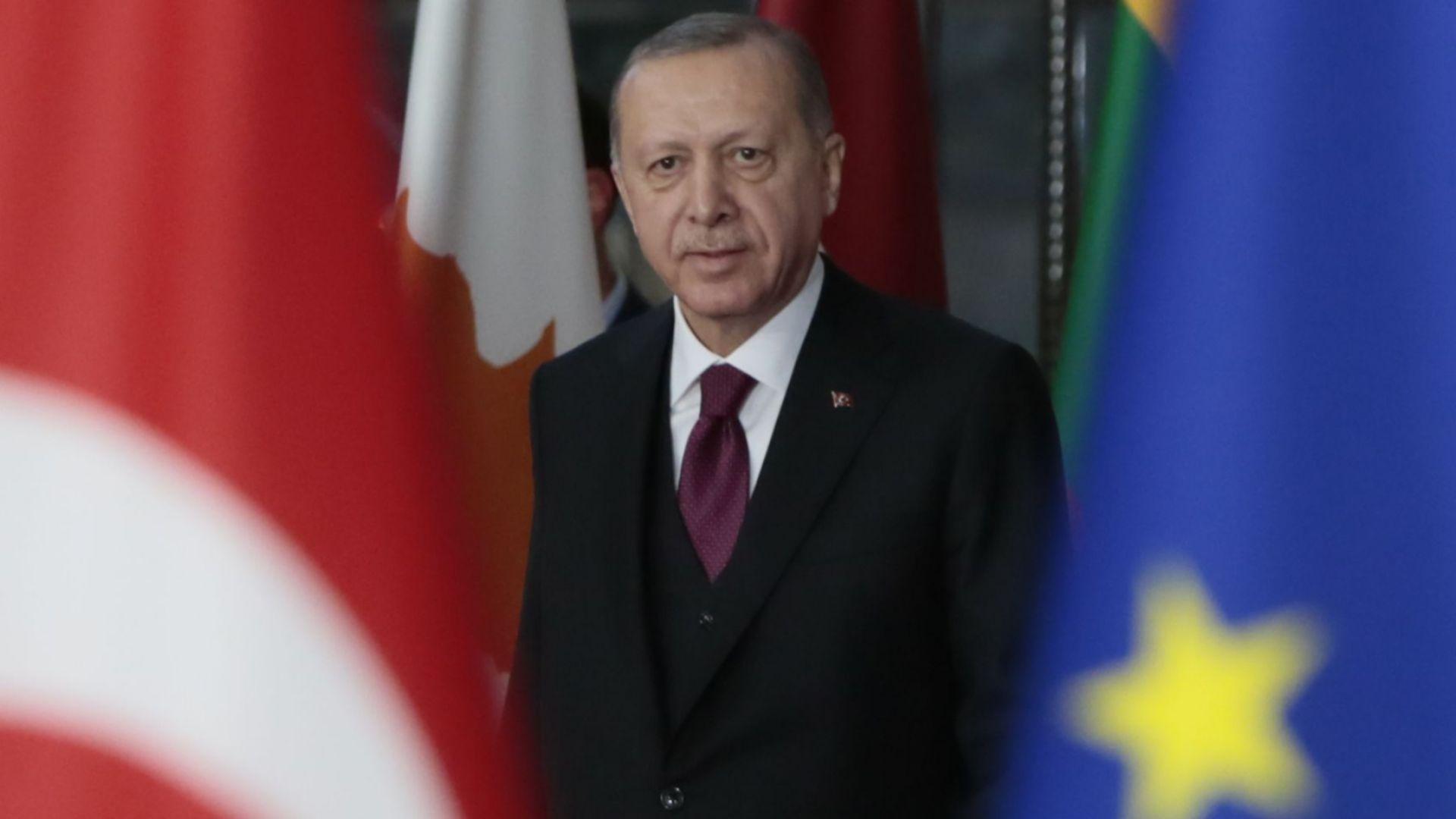 Ердоган поиска НАТО да участва в защитата на границата между Турция и Сирия
