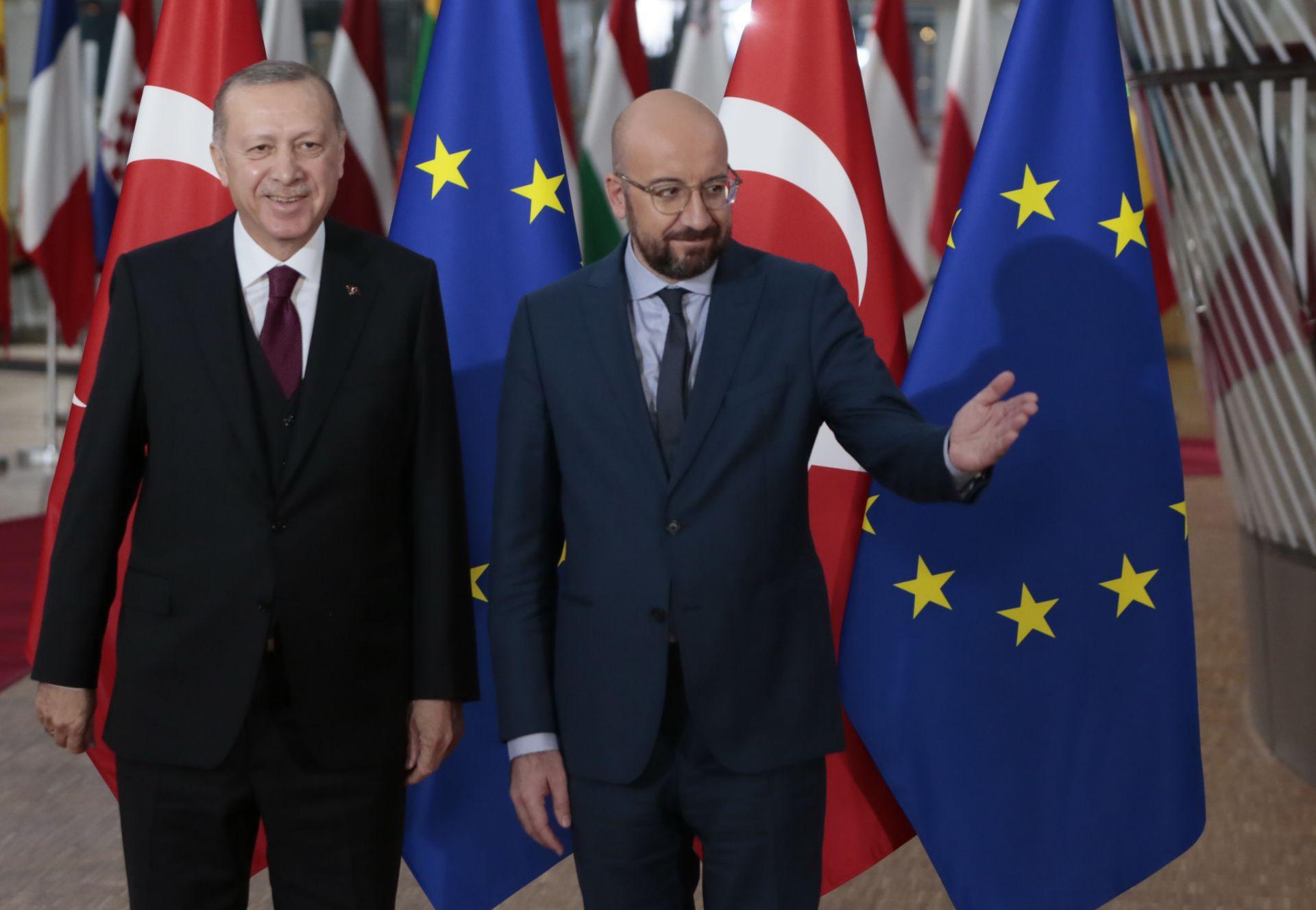 Турският президент се срещна с Шарл Мишел