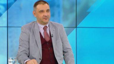 Доц. Чорбанов: Училищата не трябва да бъдат ограничавани заради COVID-19