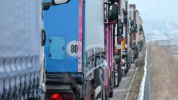 ЕК разреши България временно да промени правилата за превозвачите