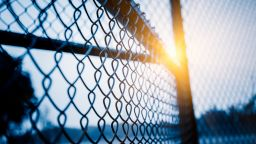 След настояване на Захариева, Сърбия отрече, че ще строи ограда по границата