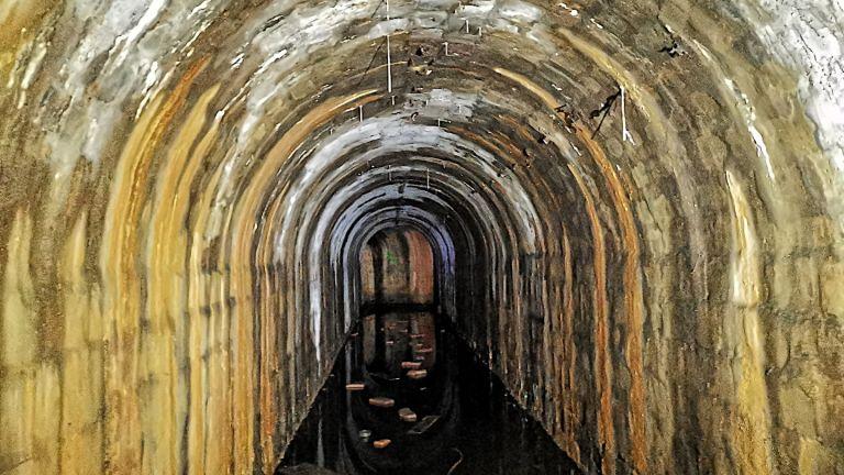 Един от наводнените коридори