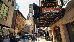 Бродуей и Холивуд замряха заради коронавируса