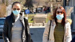 Десетки жалби в съда срещу заповедта за задължително носене на маски