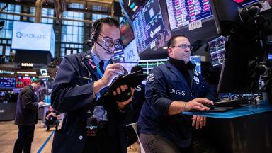 Антикитайският US черен списък: Вече са забранени американските инвестиции в 59 компании