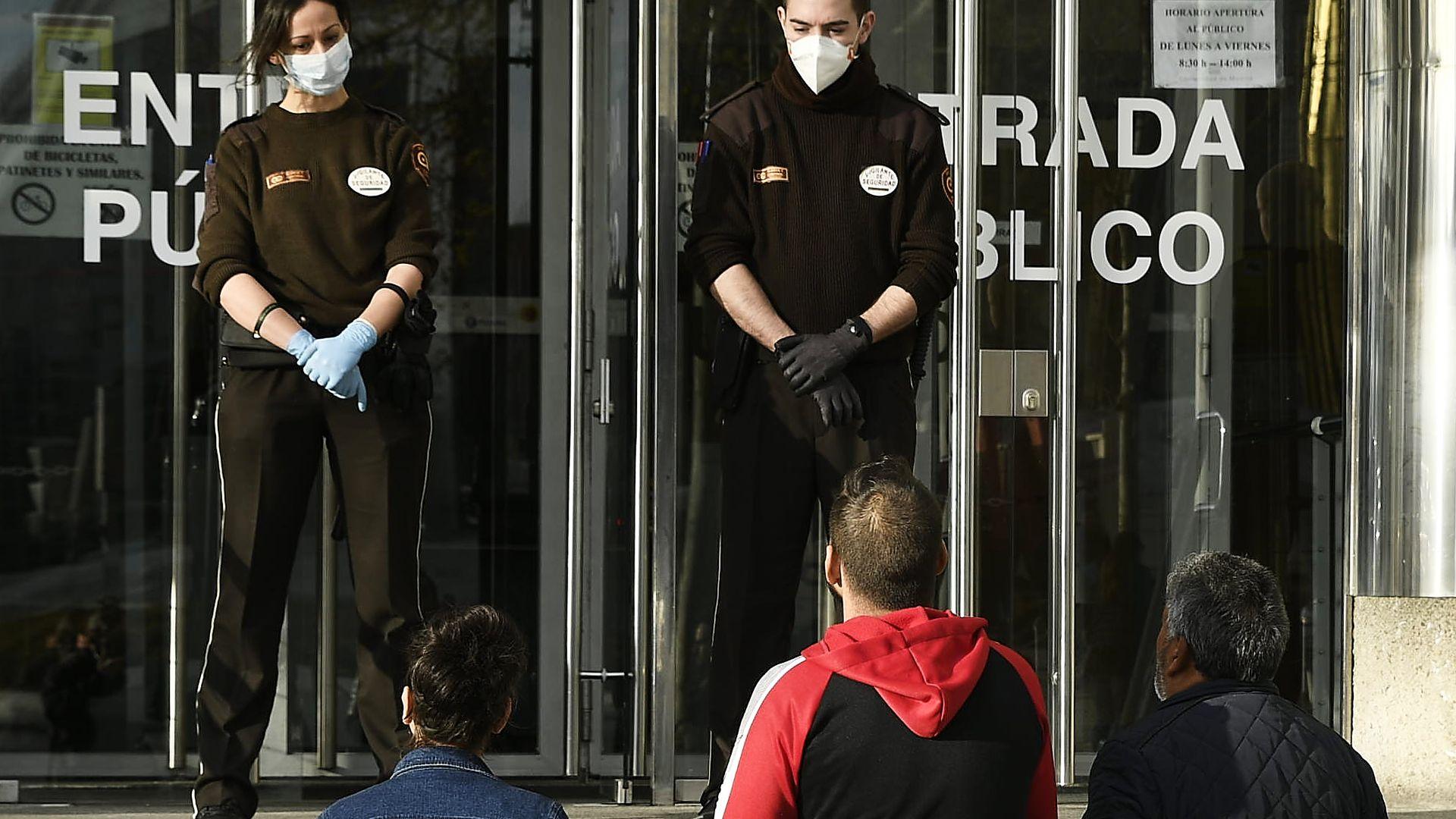 Испания и Италия с рекордна смъртност от коронавирус за последното денонощие