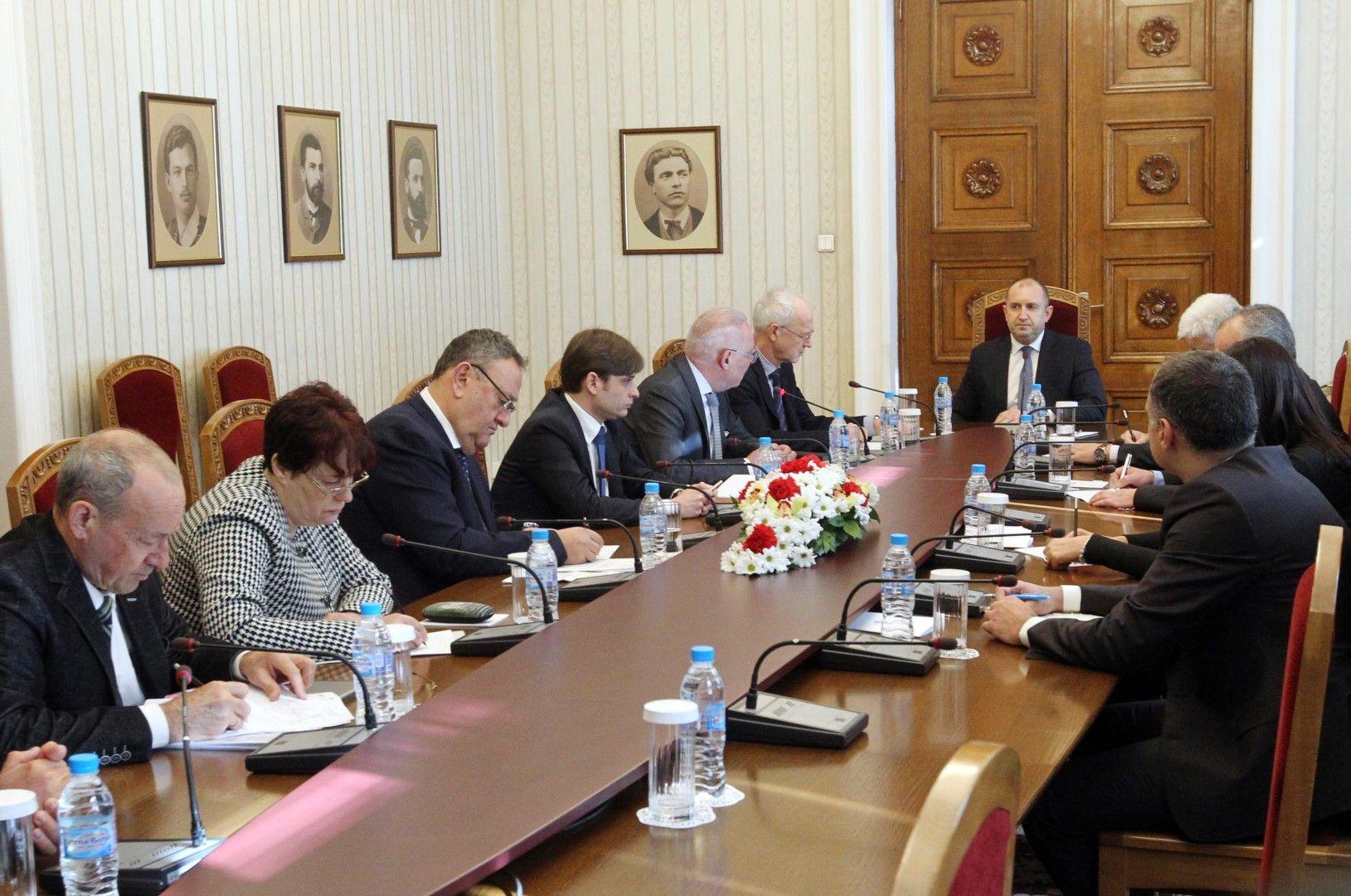 Държавният глава се срещна с ръководствата на национално представителните работодателски организации в страната и обсъди с тях влиянието на пандемията върху бизнеса