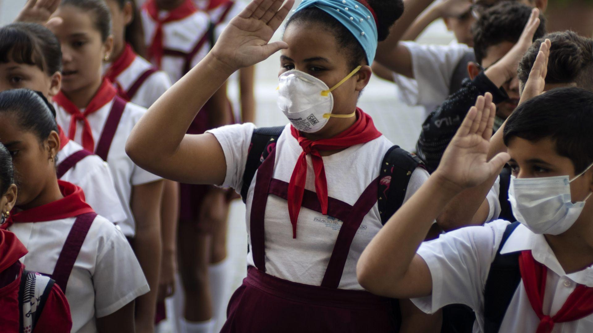 Лекарите от Куба - тайното оръжие срещу коронавирус?