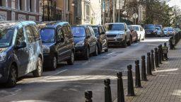 С два месеца удължават валидността на стикерите за паркиране в София
