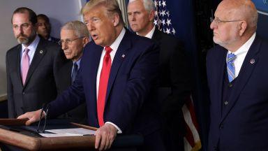 """Бум на заразата в САЩ: Тръмп маха """"червените линии"""" пред нови лекарства"""