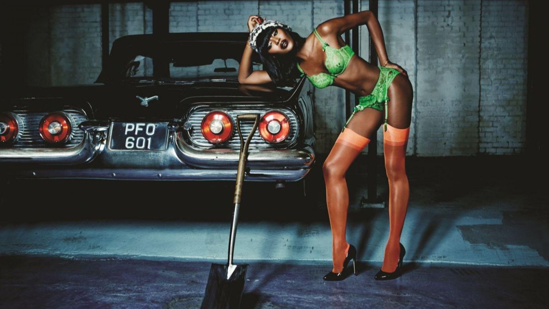 """Наоми Кембъл на 50 – жената, която добави думата """"супер"""" към """"модел"""""""