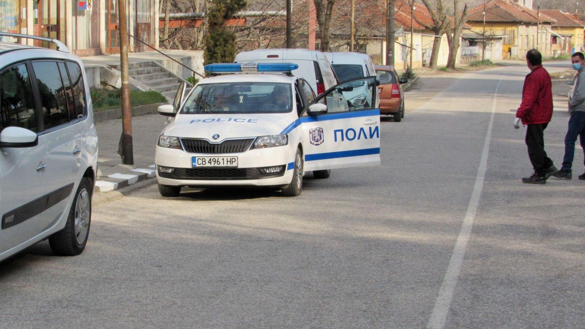 Заразен или не? Не се наемат със смъртен акт на пробилия карантината в Банско