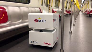 Хонконг използва роботи за дезинфекция на метрото