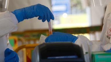 Изписаха трима излекувани от коронавирус в Бургас