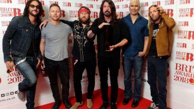 10-ият албум на Foo Fighters е бил записан в компанията на призраци