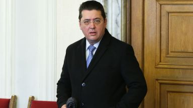 Секретарят на президента Пламен Узунов е задържан край Пловдив