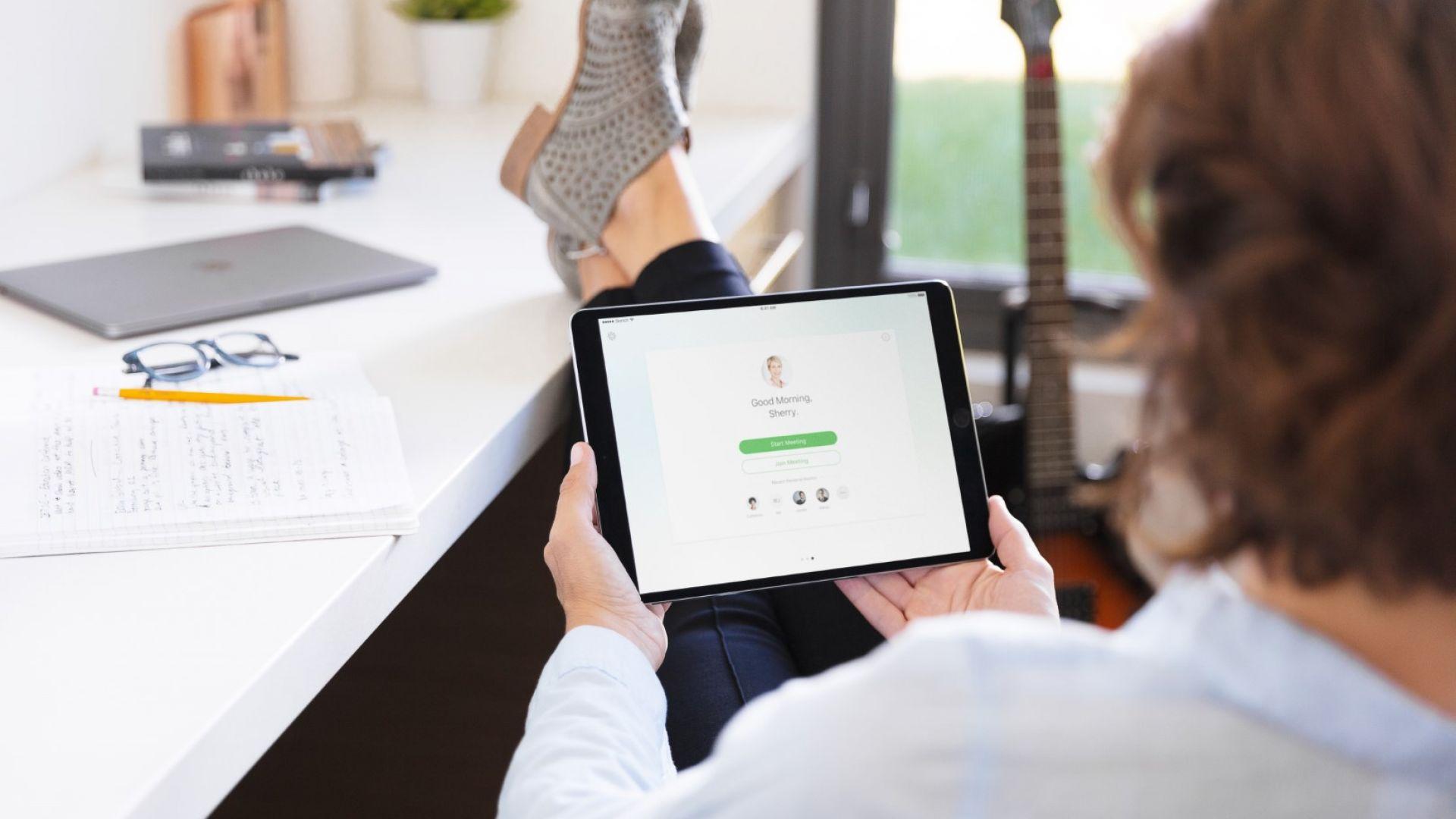 Рекордно онлайн пазаруване на храни във Великобритания
