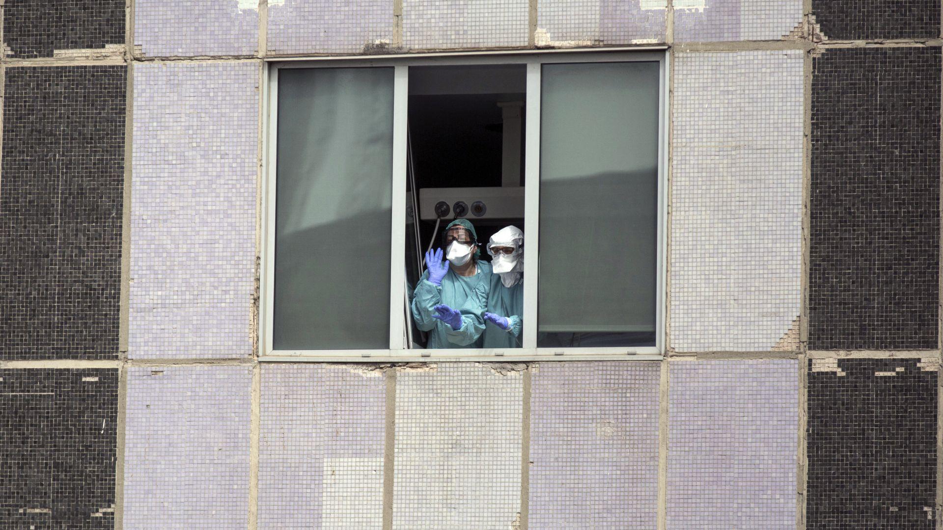 Мадрид поиска да се носят маски дори у дома
