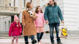 12 български семейства от цялата страна стават посланици на LIDL