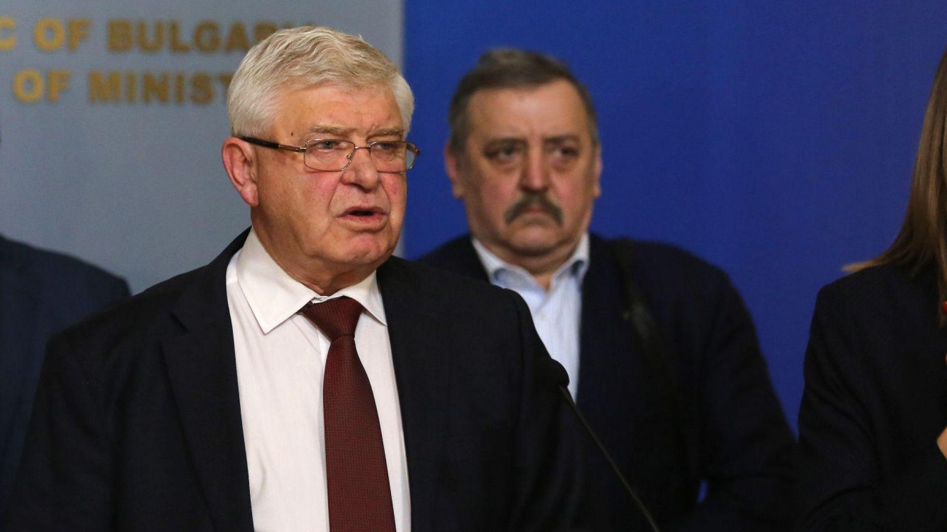 Ананиев удължи всички противоепидемични мерки до 12 април