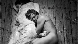 """""""Парижката Света Богородица"""" на Лилия Абаджиева - онлайн подарък за зрителите"""
