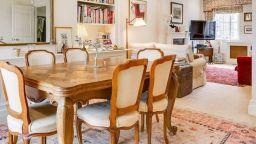 Вижте стилното 3-етажно жилище на Кейт  Мидътън, продадено за 2 млн. британски лири