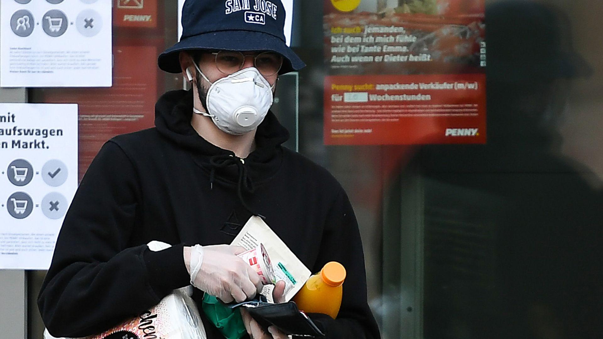 Първи обвинения в нападение заради кашляне в Германия