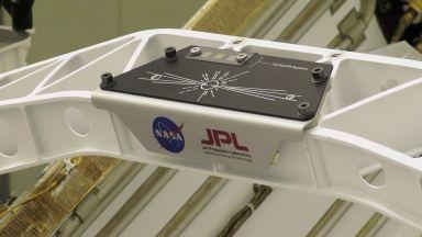 Новият марсоход на НАСА ще отнесе над десет милиона имена на Марс