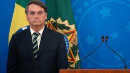 """Болсонаро призна, че е болен от """"малкото грипче"""" COVID-19"""