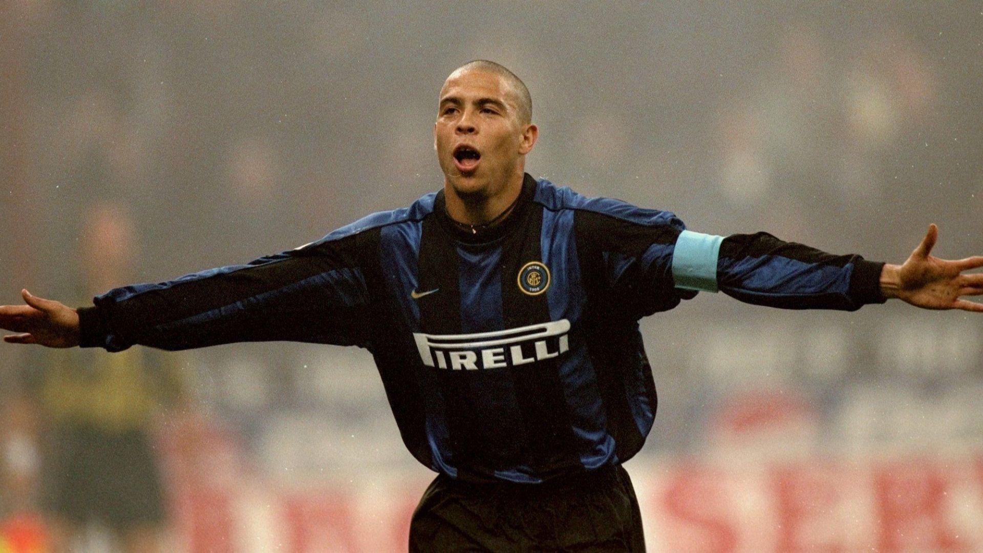 Легенда на Милан: Роналдо ни правеше на глупаци