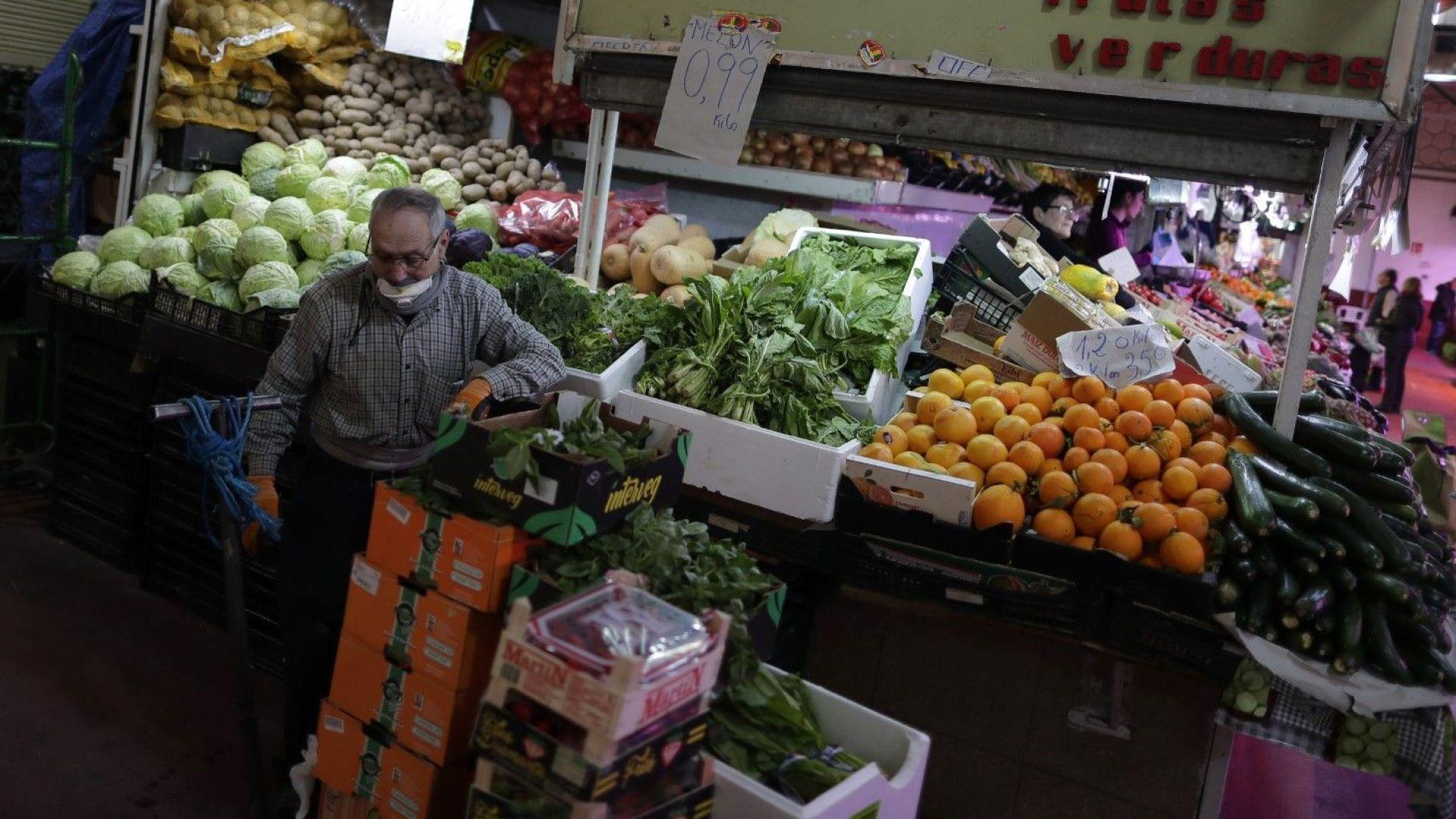 След Италия и Испания спира бизнеса, който не е от първостепенно значение
