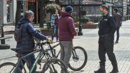 Четири акта са съставени в София за нарушение на забраната за излизане навън