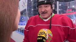 Президентът на Беларус поигра хокей и успокои: Няма никакъв вирус