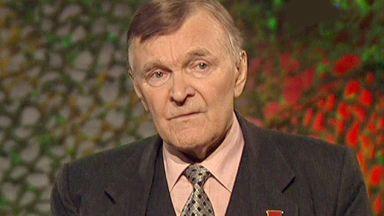 Почина майсторът на военна проза Юрий Бондарев