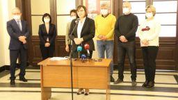 БСП дари на БАН 30 000 лева, българските учени работят по намиране  на лекарство срещу COVID 19
