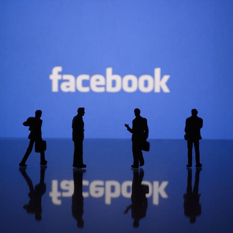 Facebook въвежда нови регулации в България и Унгария