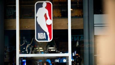 """Двама играчи от NBA са под карантина, след като излязоха от """"балона"""" за храна"""