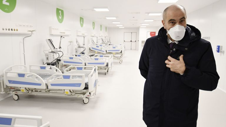 В Милано откриха болница, построена за 10 дни (снимки и видео)