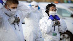 10 заразени с Ковид-19 починаха за часове в Румъния (снимки)
